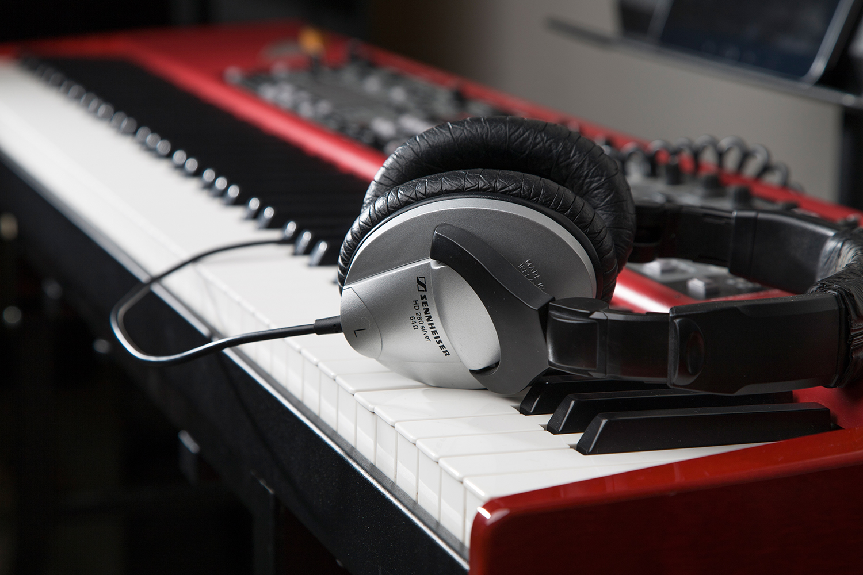 Digital Songwriting